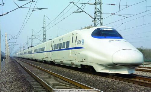 中国铁路公司前三季净利润亏损额已经大幅缩减